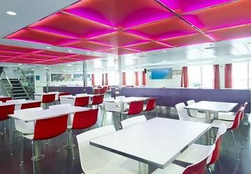balearia_alhucemas_seating_area