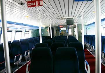 balearia_maverick_dos_seating_area_3