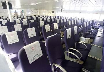 balearia_nixe_standard_seating_area_2