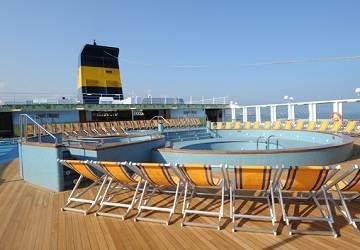 corsica_sardinia_ferries_mega_express_five_pool2