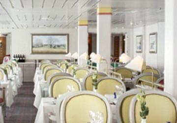 dfds_seaways_crown_seaways_blue_riband_restaurant