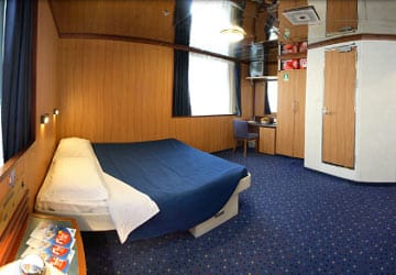 moby_lines_moby_freedom_suite_cabin