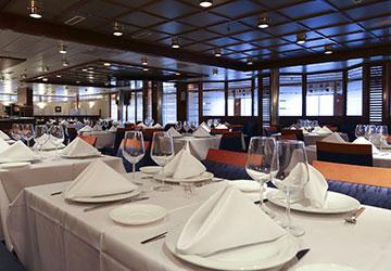 trasmediterranea_adriatico_restaurant_tables