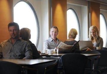viking_line_rosella_cafe_seaside